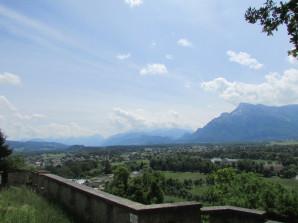 Blick vom Mönchsberg auf das Hinterland