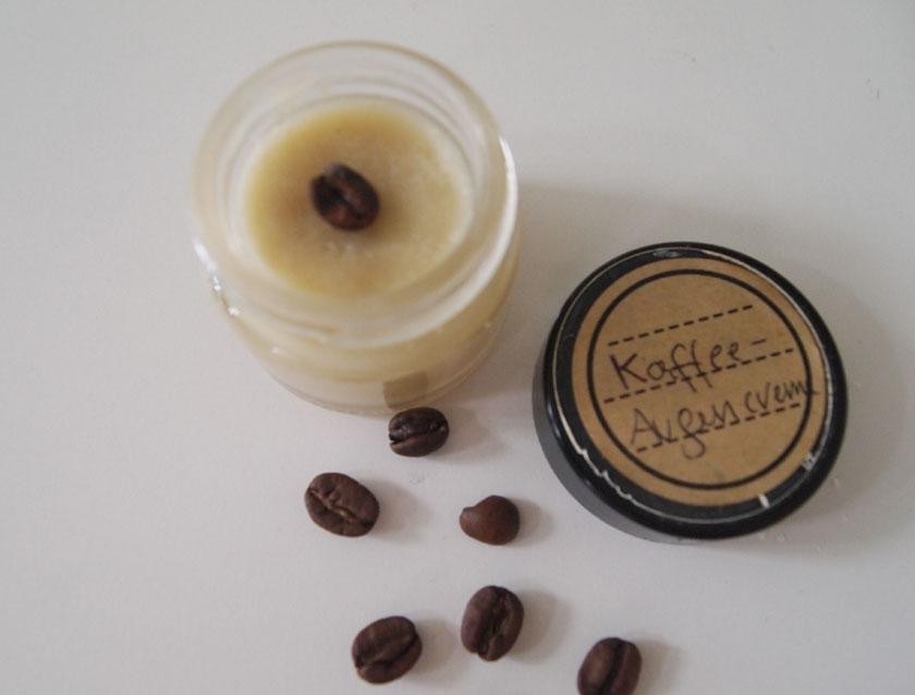 koffeinkick diy kaffee augencreme life of larimare. Black Bedroom Furniture Sets. Home Design Ideas